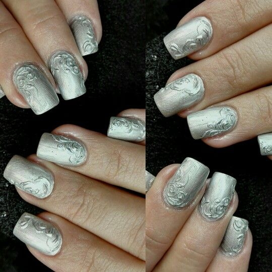 nails by me #metallicnails