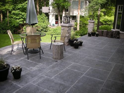 Best 25 stamped concrete patios ideas on pinterest diy stamped concrete stamped concrete - Concrete backyard design ...