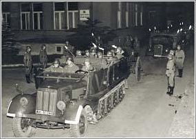 Heydrich's coffin being transported to Prague Castle This Day in History: Operation Anthropoid http://dingeengoete.blogspot.com/
