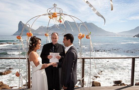 No doubt this is an exquisite wedding venue in Cape Town. Tintswalo Atlantic for small luxury weddings