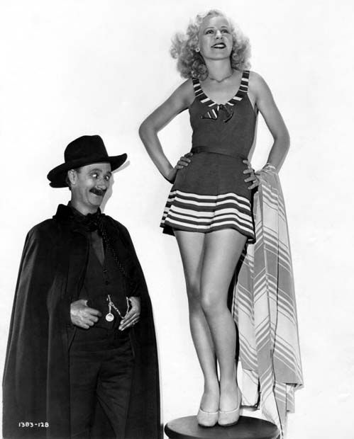 Ben Turpin, Lyda Roberti-- Million Dollar Legs 1932