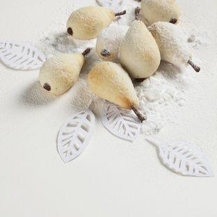 Pear Cookies        (Linecké hruštičky) Found on chutastyl.cz MB White