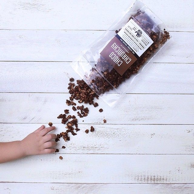 Choco Crunchy Deluxe Mix ~  Granola packaging