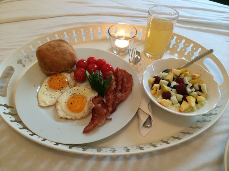 Nothing better than to start the day with breakfast in bed