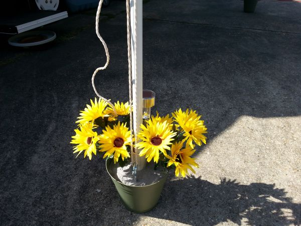 Awning Pole Flowers – Popup Camper Mod | Pop up awning ...
