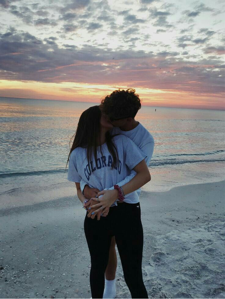 follow @julianadawdyyy for more like this | Cute couples ...