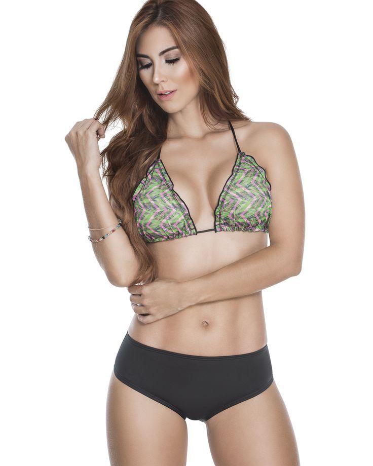 Bikini Neón.  Un asoleador de 3 piezas: top, culotte y brasilera para un mejor bronceado.  Trajes de baño juveniles de marcas Colombianas en Guatemala.  Compra en línea en www.sexy4.me o visítanos en tienda