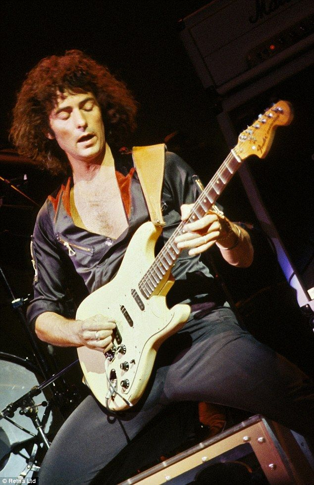 61 best images about ritchie blackmore on pinterest deep purple used vinyl records and posts. Black Bedroom Furniture Sets. Home Design Ideas
