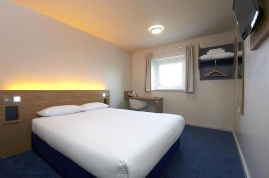 Travelodge Epsom Central Hotel (**)  CARMEN AURORA MATTESSICH has just reviewed the hotel Travelodge Epsom Central Hotel in Epsom - United Kingdom #Hotel #Epsom