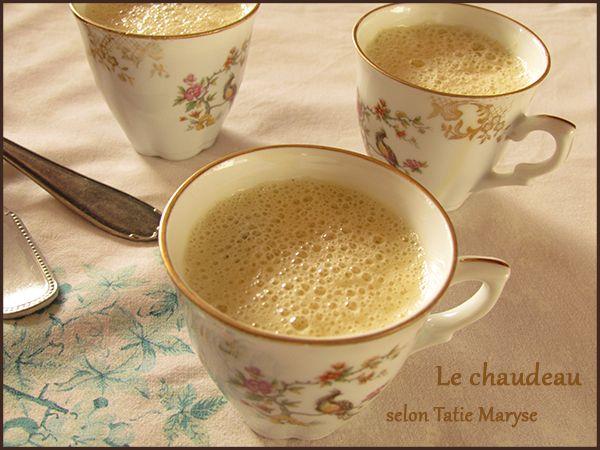 Comment réaliser un chodo, cette boisson savoureuse aromatisée à la cannelle, la vanille et la muscade ? Tatie Maryse vous révèle tous ses secrets ici
