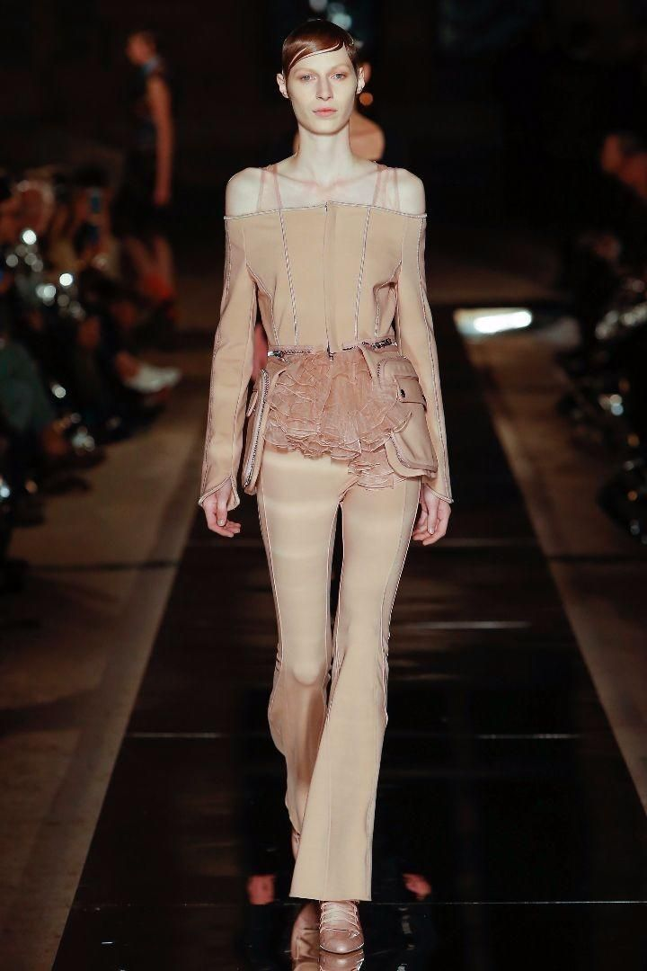 Givenchy S/S 17 Show (Givenchy)
