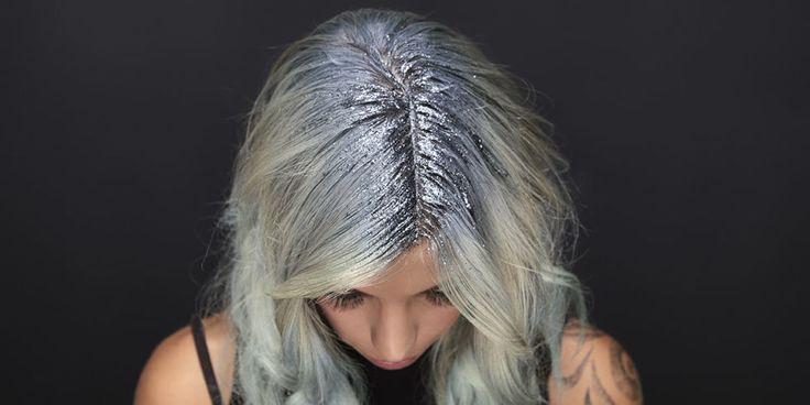 Come realizzare i capelli da unicorno con i glitter multicolor