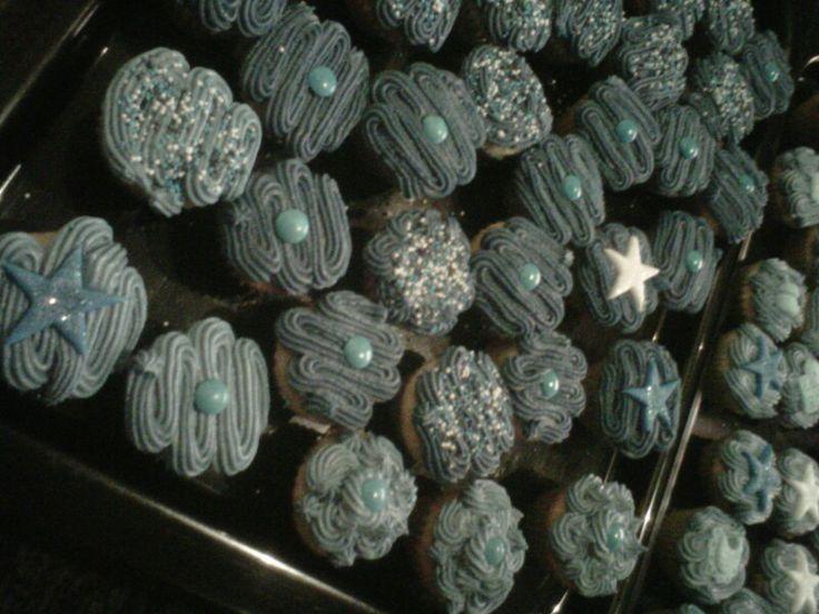 Party : Mini blue cupcakes