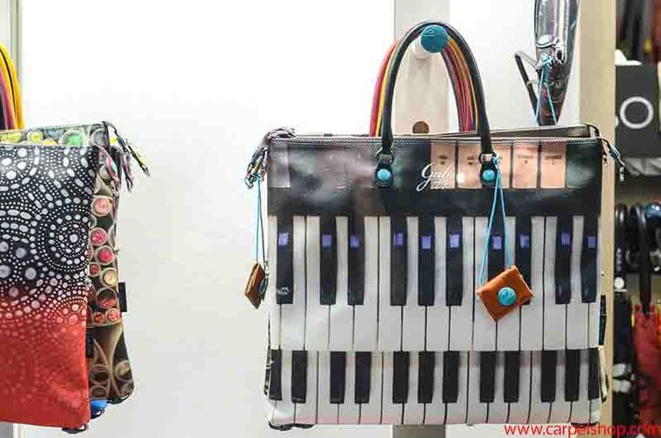 Gabs G3 Studio fantasia Piano in vendita Online su Carpel Shop. Rif Link: http://carpelshop.com/prodotto/gabs-studio-g3-piano/