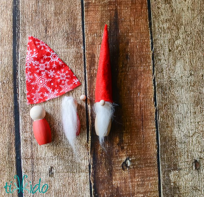 Have you ever heard of a Scandinavian tomte? It's kind of like a cross between a brownie and Santa Claus, and is a popular motif in Sweden, Norway and Denmark around the holidays. They remind me of gnomes (and I love gnomes) in appearance, and I've always wanted to make some tomte Christmas ornaments for our tree. I finally decided that this was the year!