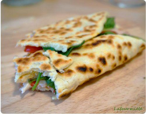 Recette de Piadina, pain italien à garnir selon son goût et ses envies.                                                                                                                                                                                 Plus