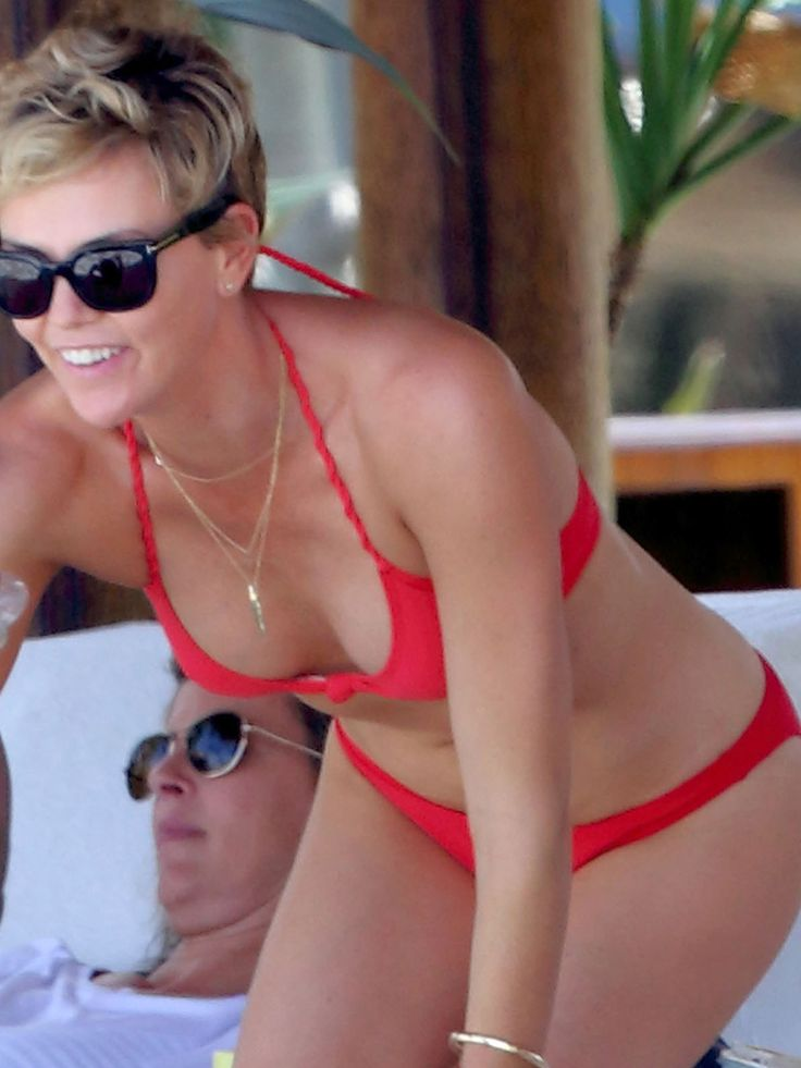 Charlize Theron Bikini Pictures Multi Colored Goodness In Hawaii Your Source For Pinterest