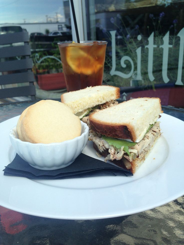 Black tea lemonade with chicken sandwich on house made brioche and shortbread cookies for dessert.