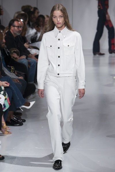 See the full Spring 2018 collection from Calvin Klein.