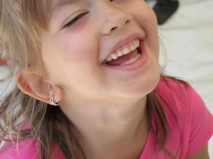 Honest Laughing catched at the right time :) #child #laughing #girl #children