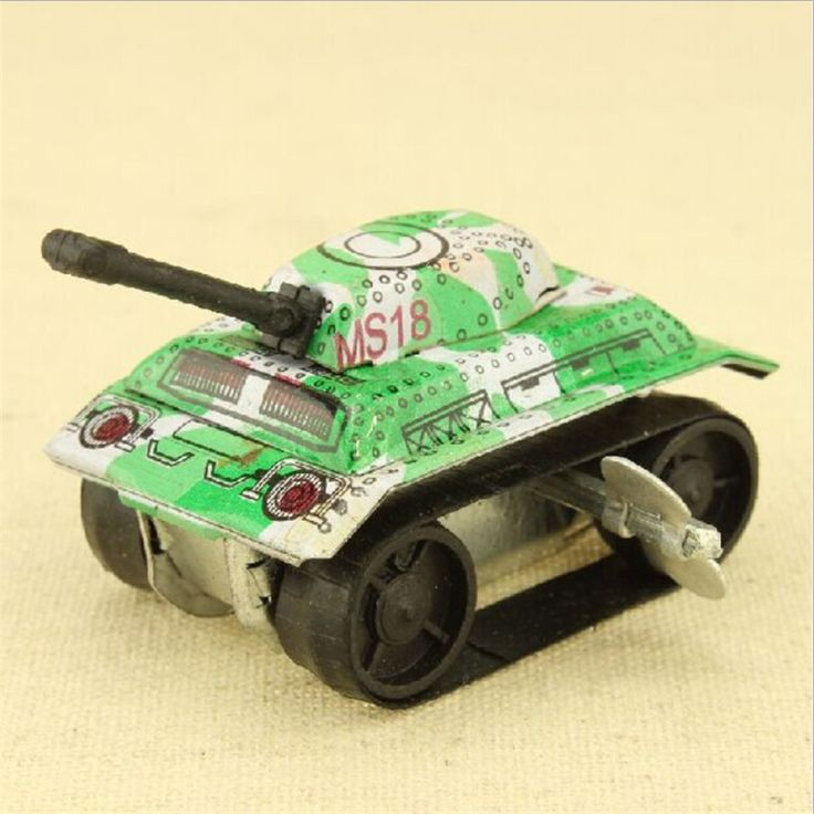 2017 New Mini Vintage Retro Classic Tanks Car Spring Toy Kids Children Childhood Classic Wind Up Clockwork Toy Collection Gift
