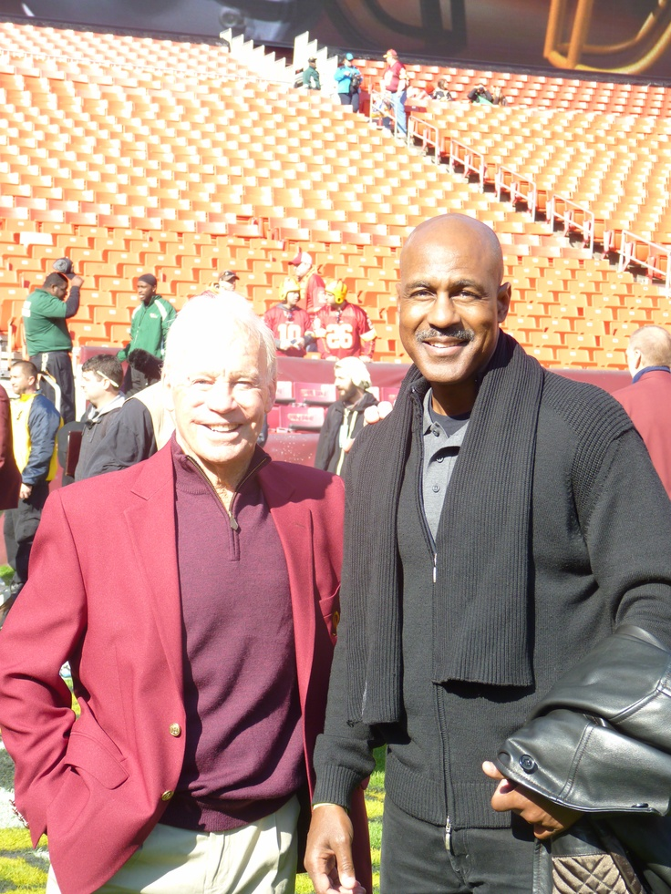 #Redskins 80th Anniversary Homecoming Game ..Art Monk!
