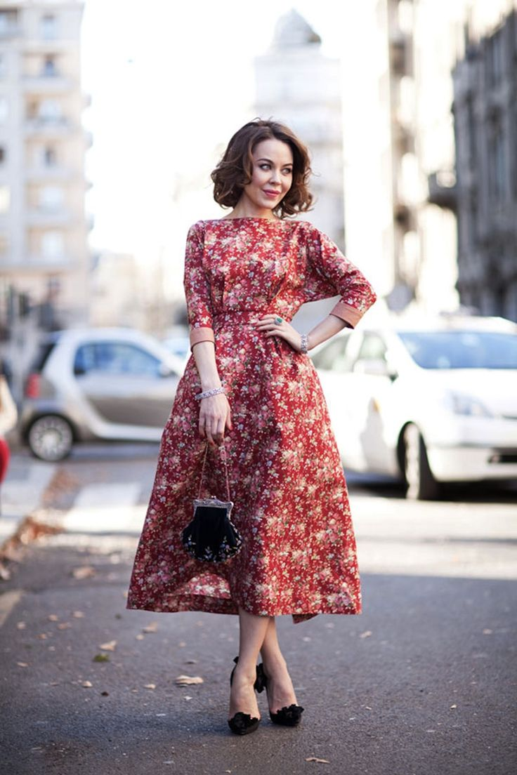фотографии, фото платье ретро весна днем дома смотрятся
