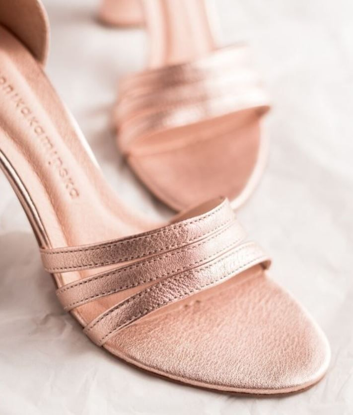 Zakochasz Sie W Tych Sandalkach Heeled Mules Shoes Heels