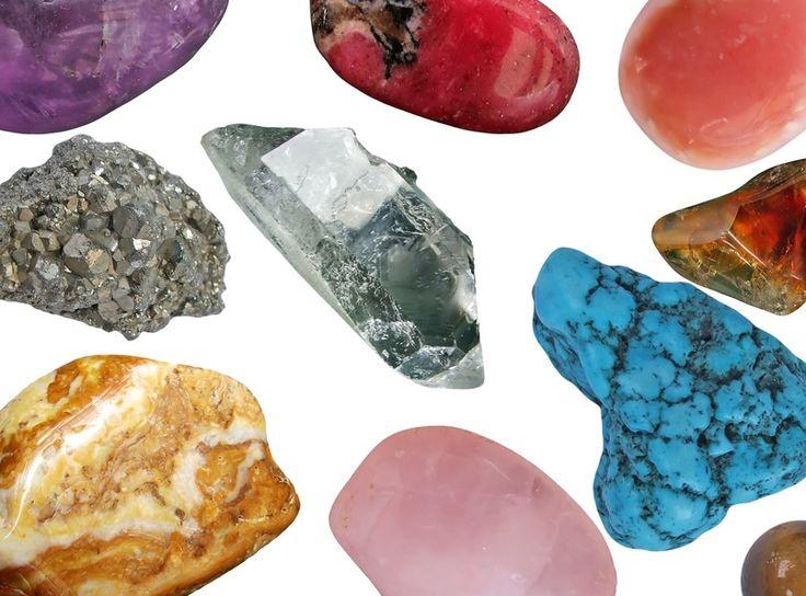 ¿Sabías que las piedras energéticas también requieren de un cuidado para ser mas efectivas? Aquí te damos todos los pasos para limpiarla, programarla y guardarla correctamente