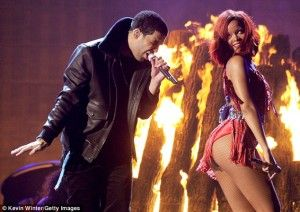 Drake flashes image of ex-flame Rihanna's face during Toronto concert while rapping Days In The East