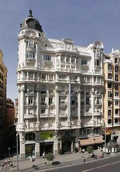 Hotel Atlantico Madrid. I miss Madrid so much, it's ridiculous, really.