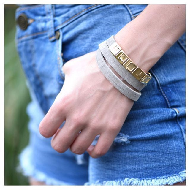 @rianahorner wearing our personalized Q bracelet with gold charms