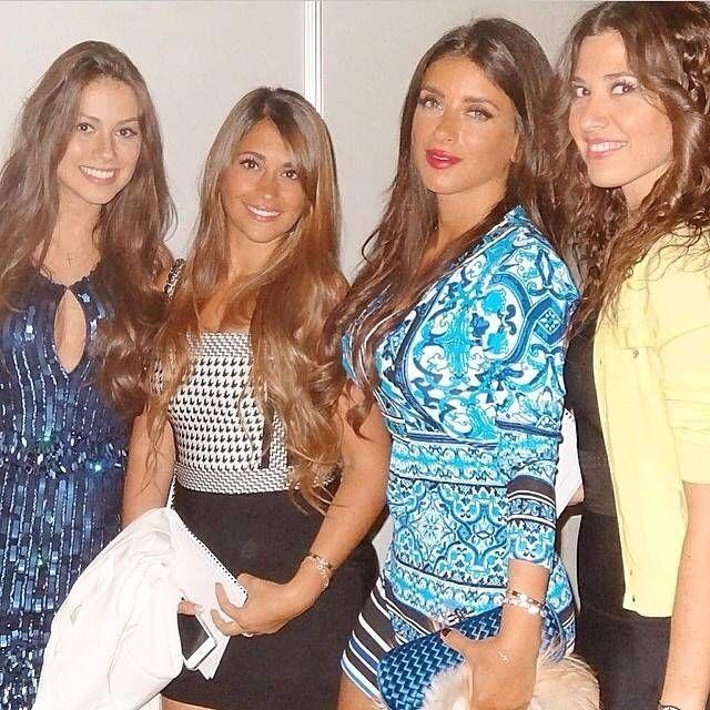 Entregou? Suposta nova namorada de Neymar publica foto com mulheres de jogadores - Entretenimento - R7 Jovem