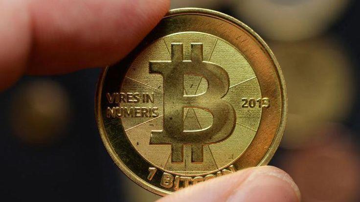 Mike Hearn, einer der Bitcoin-Entwickler, sieht die Kryptowährung als gescheitert an und verlässt das Projekt. Er kritisiert ungeklärte Zuständigkeiten in der Leitung und fürchtet um die Zukunft der Währung.