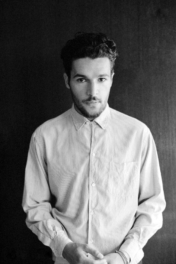 Christopher Abbott. White button up shirt fashion men beard hair celeb Style streetstyle tumblr