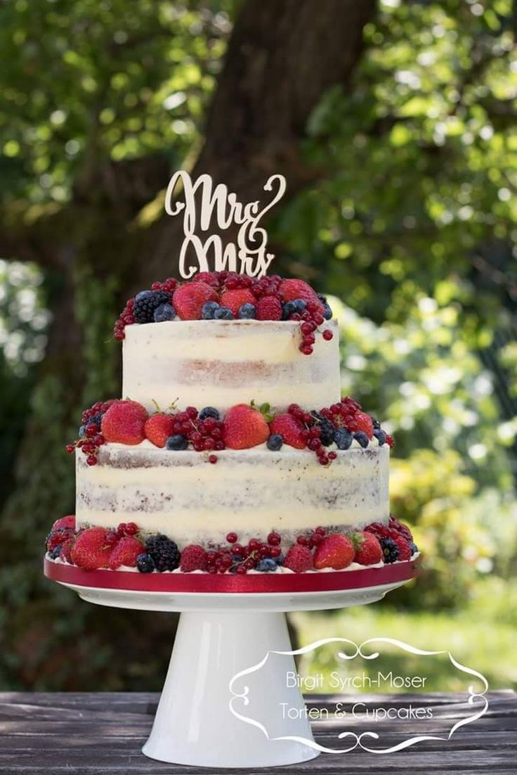 Semi Naked Wedding Cake with fresh fruits - Birgit Syrch-Moser - Google+