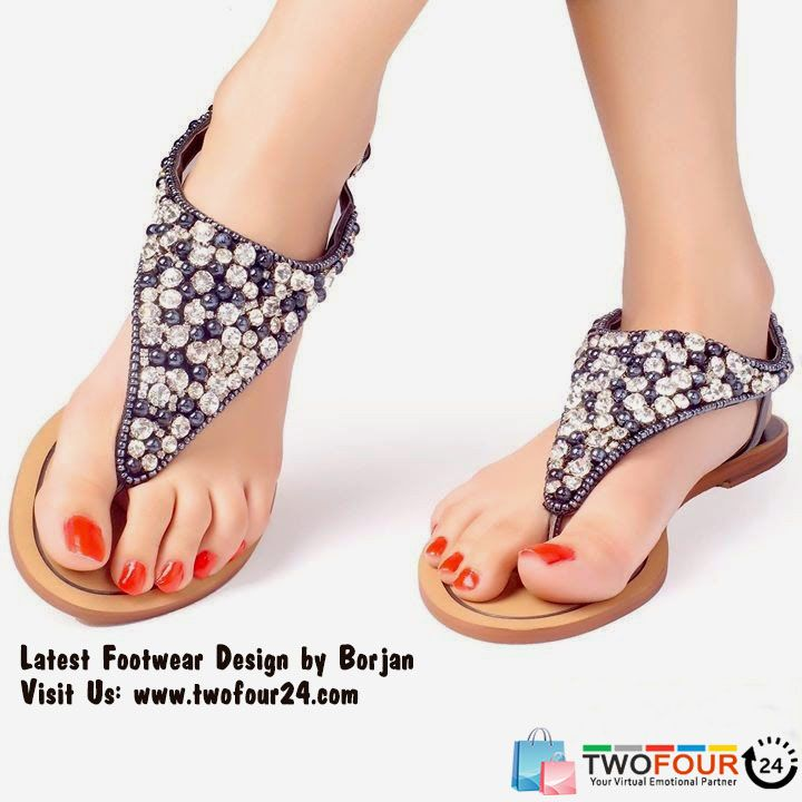 Buy shoes online by finding shoes for men and shoes for women right here. Furthermore, you can also check out discounts and provides across top fashion sites. Add more to your clothing from a wide range of categories like sandals, loafers, sports shoes for men, football shoes and more.