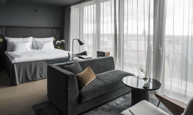 60 年代的瑞典宮殿改建 – 入住神秘又奢華的斯德哥摩爾旅店 At Six Hotel – EVERYDAY OBJECT