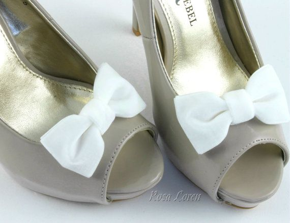 Hey, I found this really awesome Etsy listing at https://www.etsy.com/listing/155949618/white-velvet-shoe-clip-white-velvet-bow