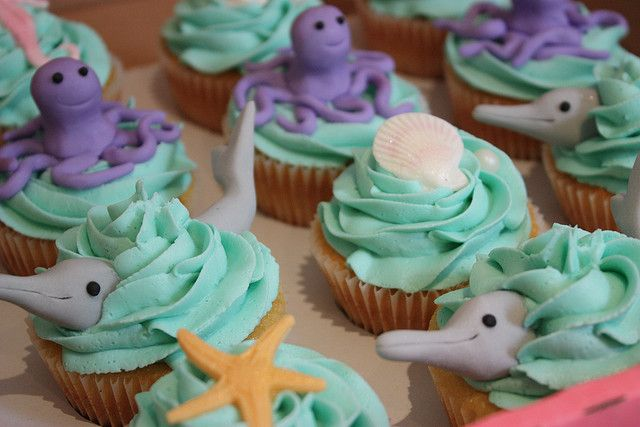 Baby shower cupcakes?