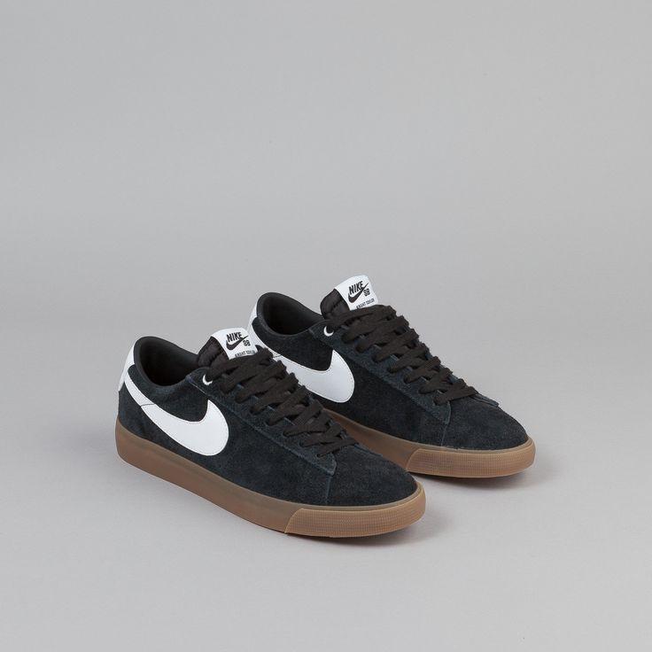Nike SB Blazer Low GT Shoes - Black / White - Metallic Gold