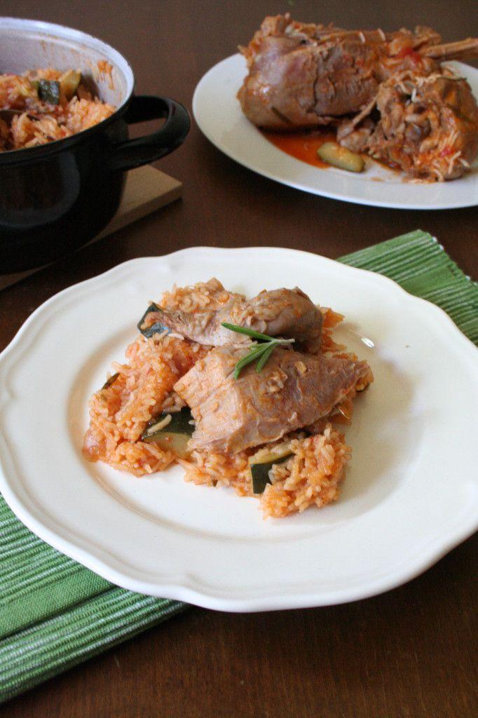 Krůtí stehna z jednoho hrnce se zeleninou a basmati rýží  http://www.vareniste.cz/kruti-stehna-z-jednoho-hrnce-se-zeleninou-rozmarynem-a-basmati-ryzi/