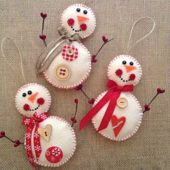 Snowman Ornaments / Felt Christmas Snowman / Red and White Snowman / Vintage Snowman / set of 3 / Handmade and Design in felt