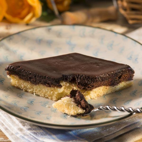 Tag-und-Nacht-Kuchen