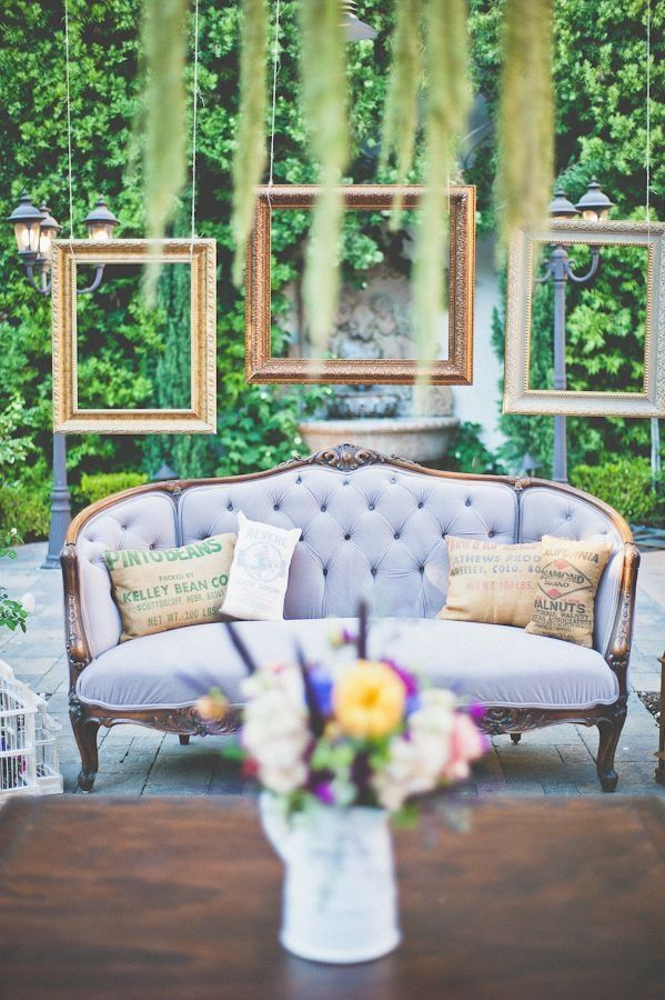 vintage couch used for reception lounge | Outdoor wedding Ideas