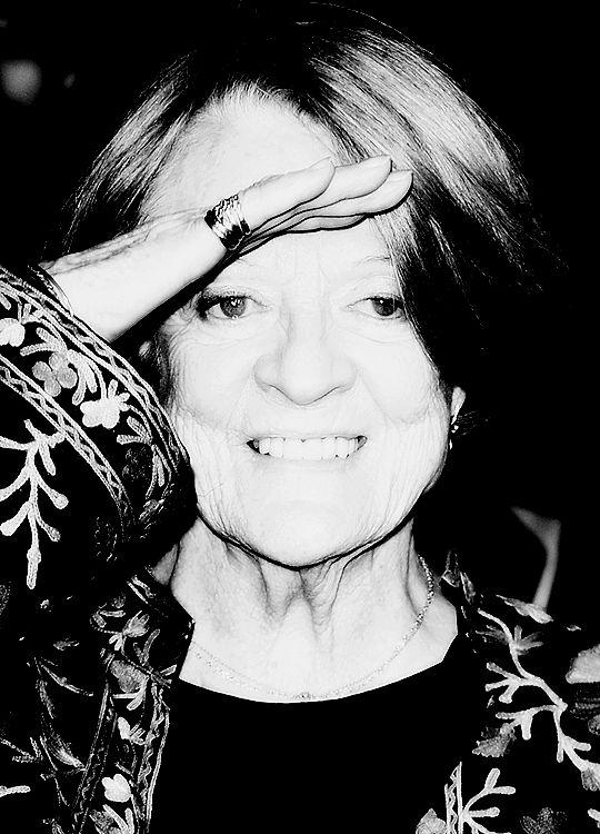 Мэгги Смит посещает скрининга Центральное место гала-леди в Ване, в BFI London Film Festival (13 октября 2015)
