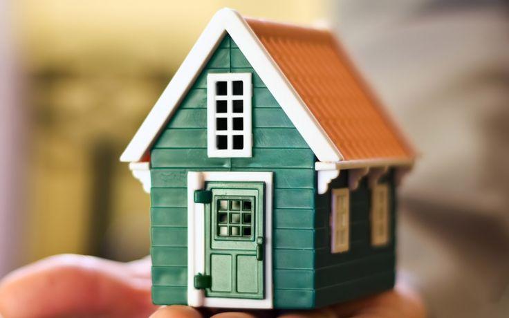 Sebagai salah satu kebutuhan pokok manusia, rumah menjadi salah satu hal yang penting untuk diperhatikan. Mulai dari tahap perencanaan, pembangunan sampai tahap perawatan. Lalu bagaimana kalau rumah yang dibangun terbuat dari plastik dan dapat dibangun daam waktu satu malam saja?