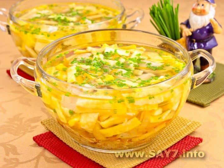 Куриный суп с яичными блинчиками