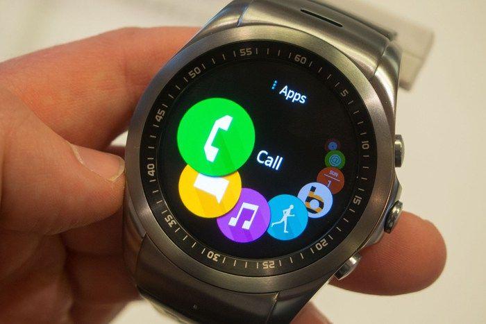 Giyilebilir cihaz modeli olarak karşımıza çıkan Akıllı Saatler, yakın zamanda hayatımıza girmesine rağmen kullanımı giderek yaygınlaşıyor. Sizler için en iyi Akıllı Saatleri inceledik…