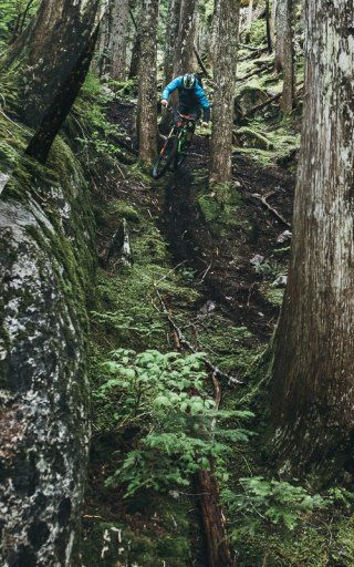 SCOTT best bike athletes are chasing trails, searching for the world's best single tracks. If you are not lucky to have one of those arround your place, find here some inspiration to plan your next bike trip.
